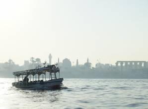 ركوب فيلوكا على النيل في الأقصر - صن بيراميدز