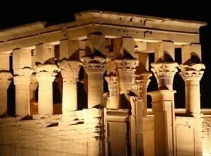 عرض الصوت والضوء في معبد فيلة من أسوان- صن بيراميدز