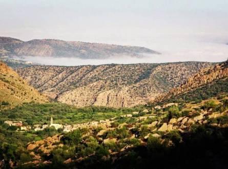 مناطق سياحية بالمغرب لا تفوتها..مدن عتيقة فوق التلال ومواقع رومانية