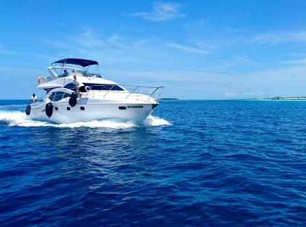 VIP yacht Trip in Ain Sokhna